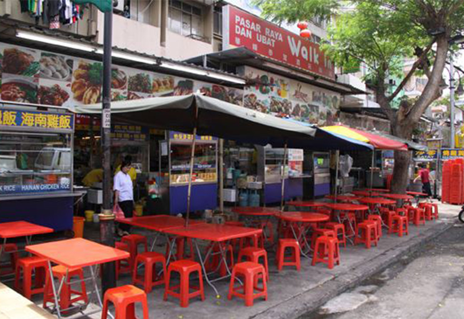 Image of road food stalls in Malaysia