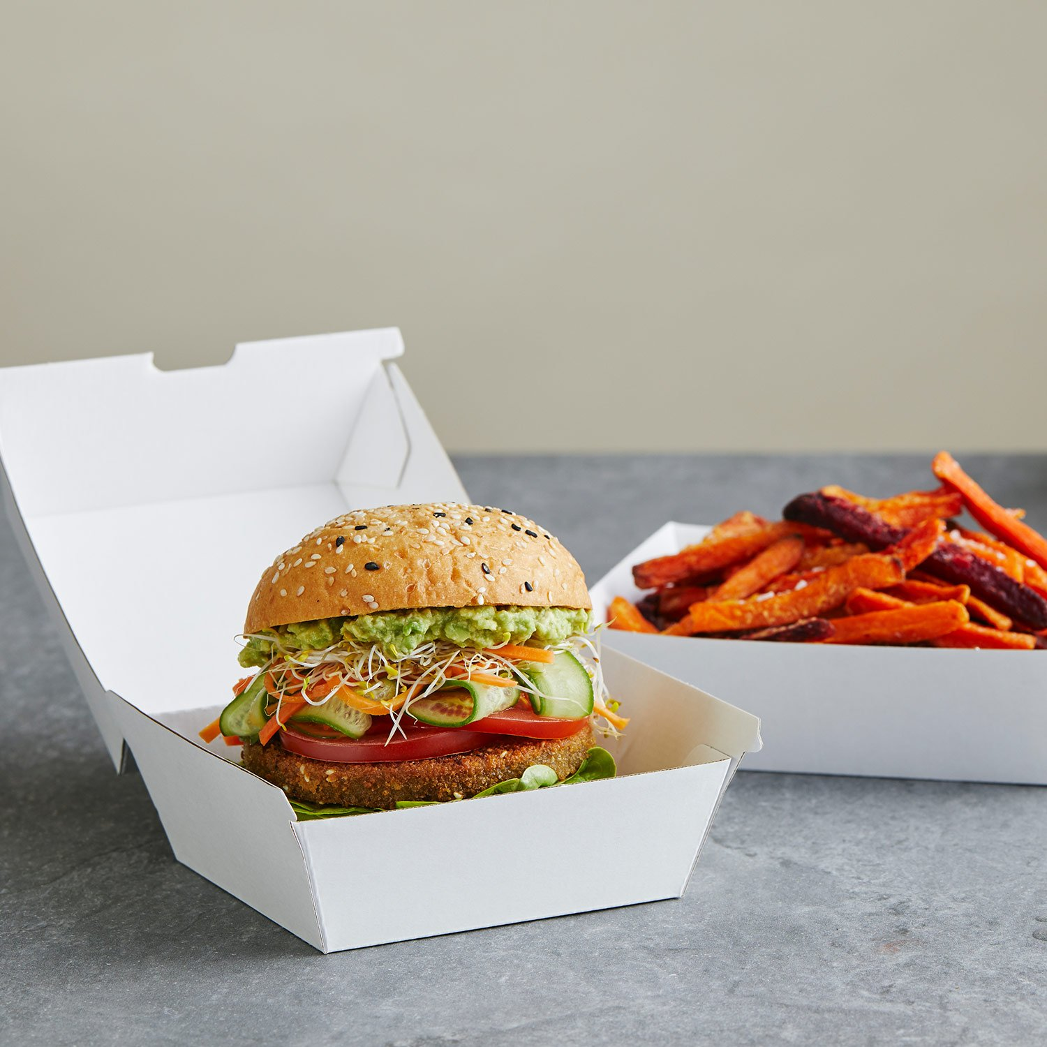 Image of Detpak's recyclable Endura Burger clam and tray