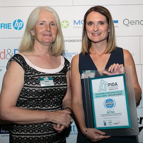 Image of Felicity Parker and Carol at the Packaging Innovation and Design Awards